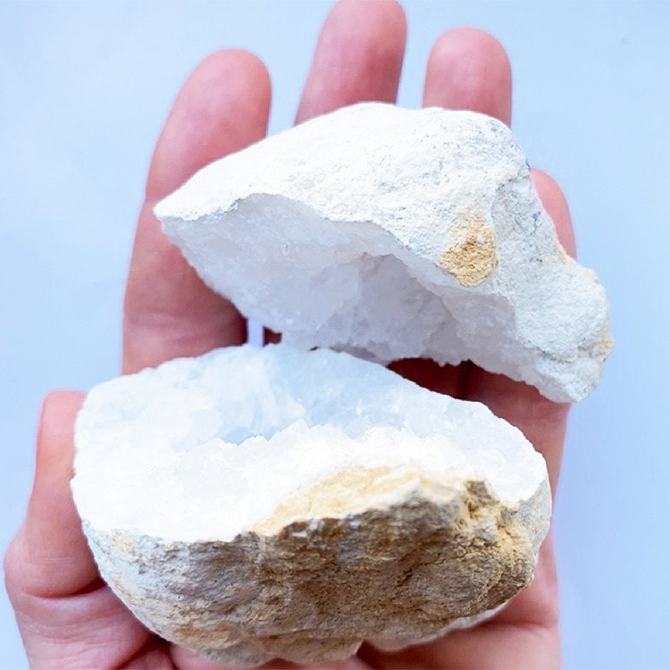 Bergkristall geod Mellan 6-9 cm