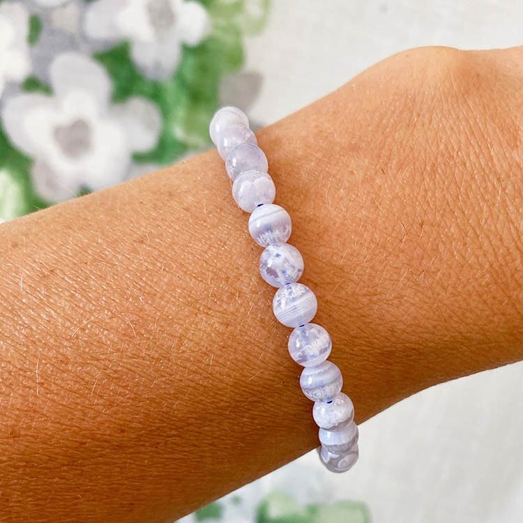 Blå Bandagat armband 6 mm pärlor