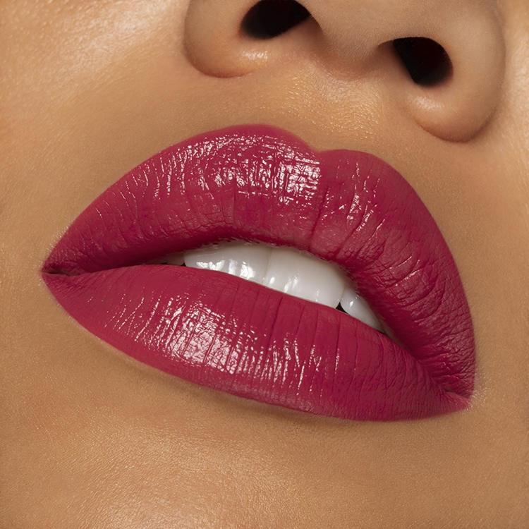 Lipstick 102 Dark Fuchsia
