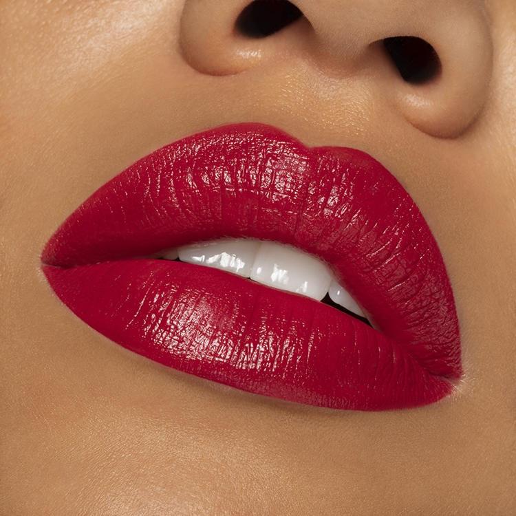 Lipstick 103 Strawberry Red