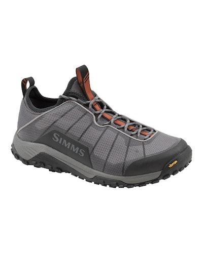 Simms Flyweight Sneaker Vadarsko Vibram Slate