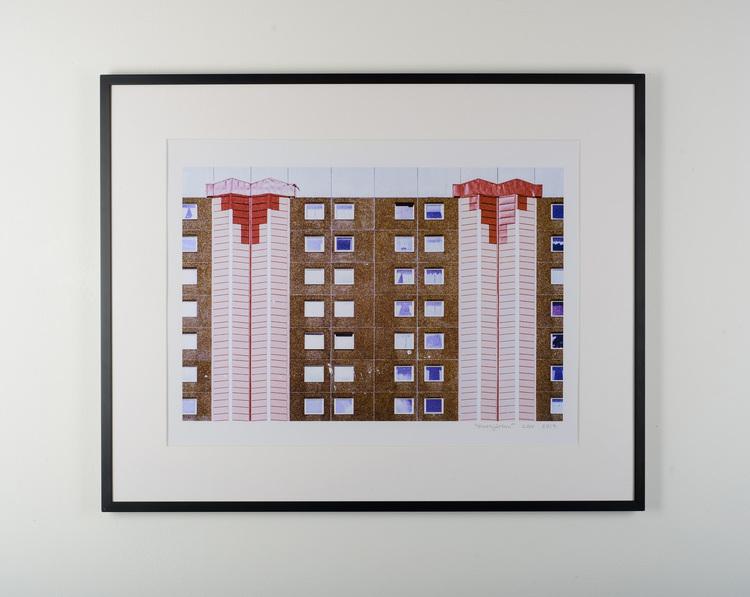 """pixelhjärtan"" black frame"