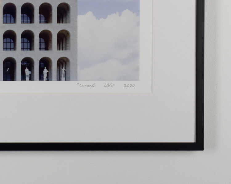 """corona"" black frame"