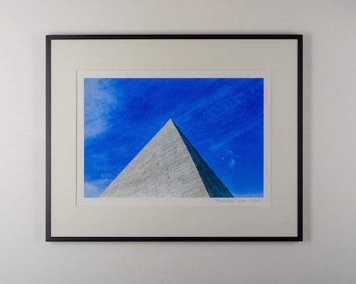"""piramide"" black frame"