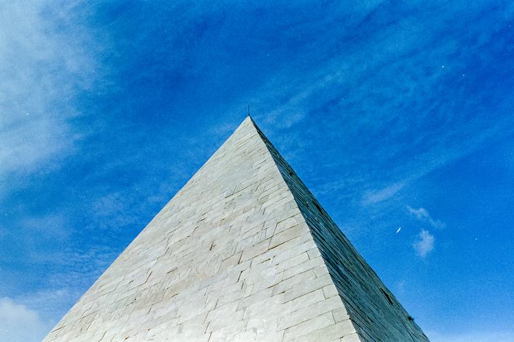 """piramide"""