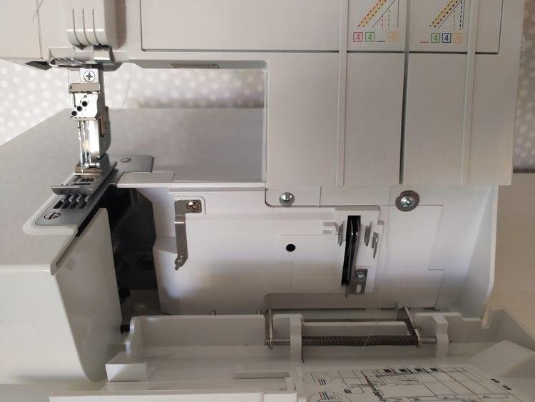 Alfa Hogar STYLE Coverstitch Täcksömsmaskin. INKL 4-viks bandkantarte