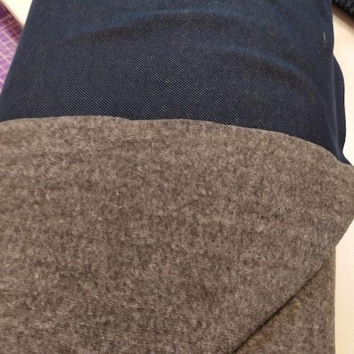 14dm klippt bit - Jeanstrikå FLOSSAD - Blå med grå baksida