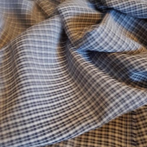 Svagt krinklad blus/skjorta/klänning/kjol-vara Ruta i Ruta