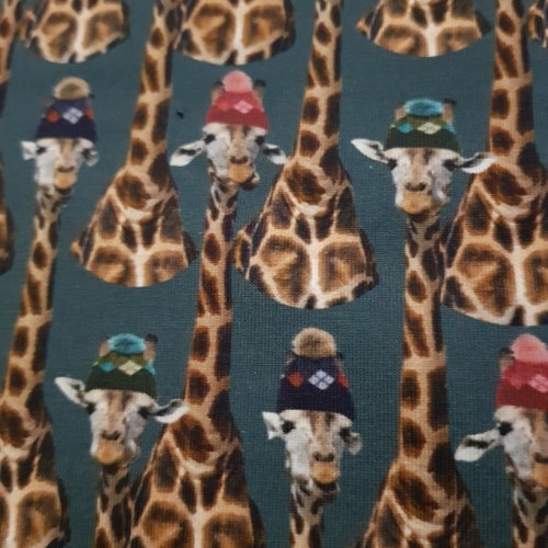 Trikå - Giraffer mörkgrön botten