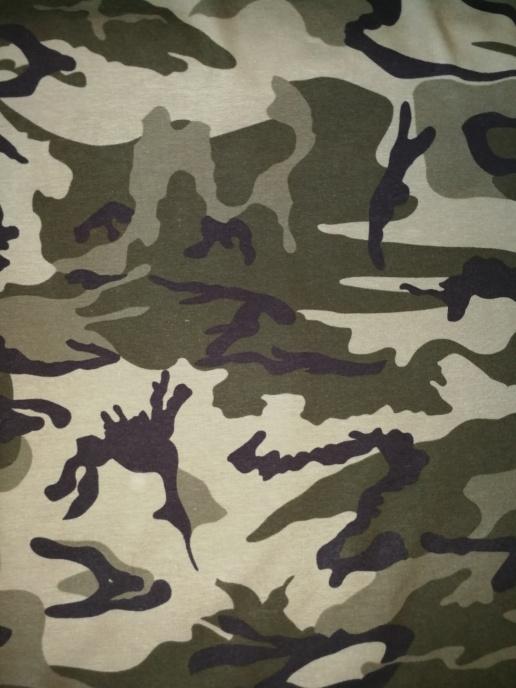 Militärgrön Camouflage TRIKÅ