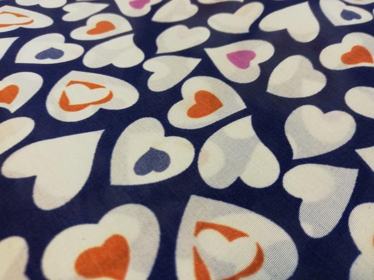 Peachskin Hjärtan på marin botten