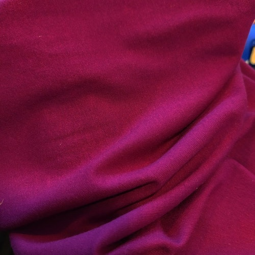 Viskosjersey från Glunz Granat