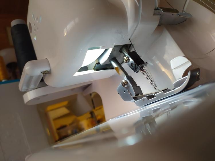 LED-lampa med skruv- eller bayonettfattning symaskinslampa