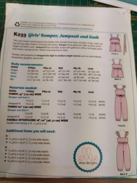Kwik Sew k233 jumpsuit barn- Ellie mae