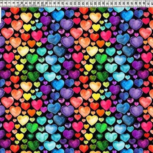 BOMULLSTRIKÅ - Regnbågshjärtan svart bakgrund