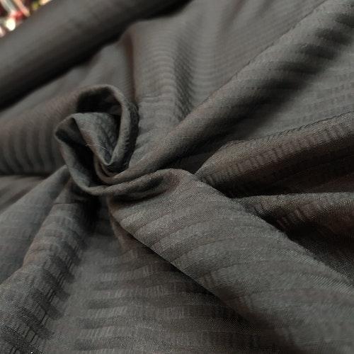 Vävd Viskos / polyester rand