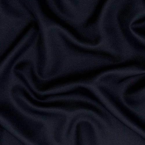 Gabardin med vackert fall mörkblå