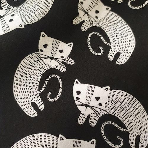 Poplin - Svart med katter