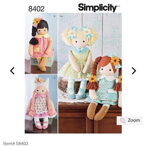 Simplicity 8402 OS Mjuk docka med kläder