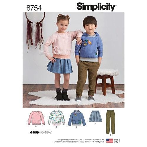 Simplicity 8754  A Barn  Flera plagg 3-8 år