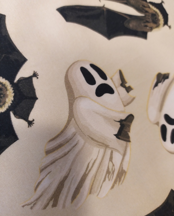 Bomullstrikå - Spöken och fladdermöss, ljusbeige botten