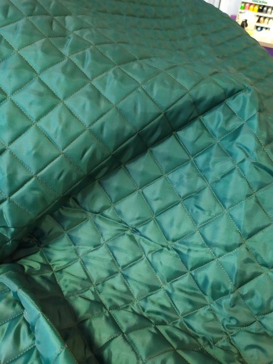 Kviltat jacktyg / jackfoder Grangrön Trapunta