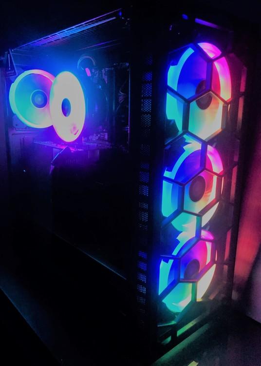 Custombuild RGB i9-9900K AMD RX 6700 XT 12 GB