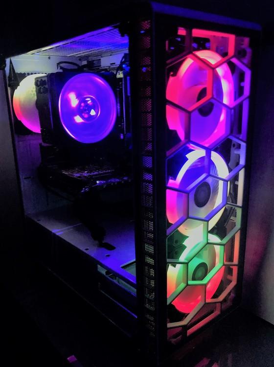 Custombuild RGB i7-9700K RTX 3060 12 GB