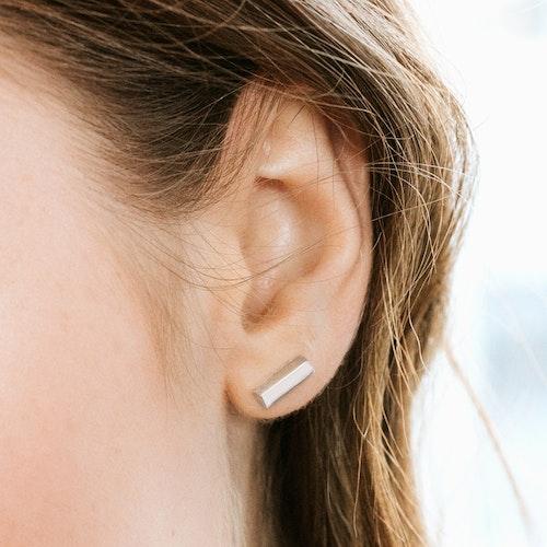 Line örhängen
