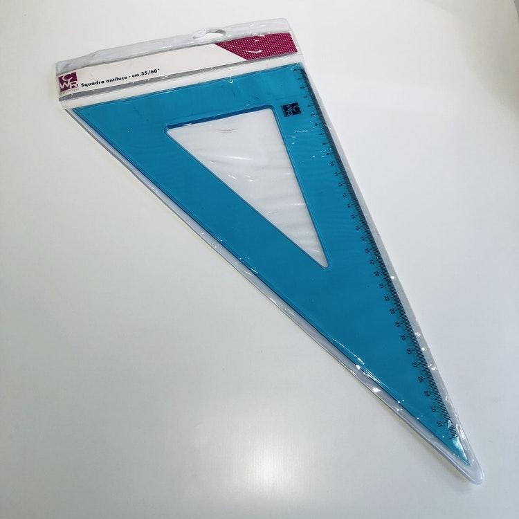 Linjal plast - Trekantig Utf