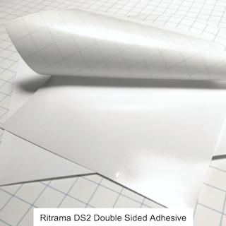 Dubbelhäftande tejp för att skapa egna vinyler / stickers mm.