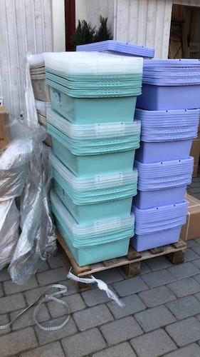 Plastlåda med lock