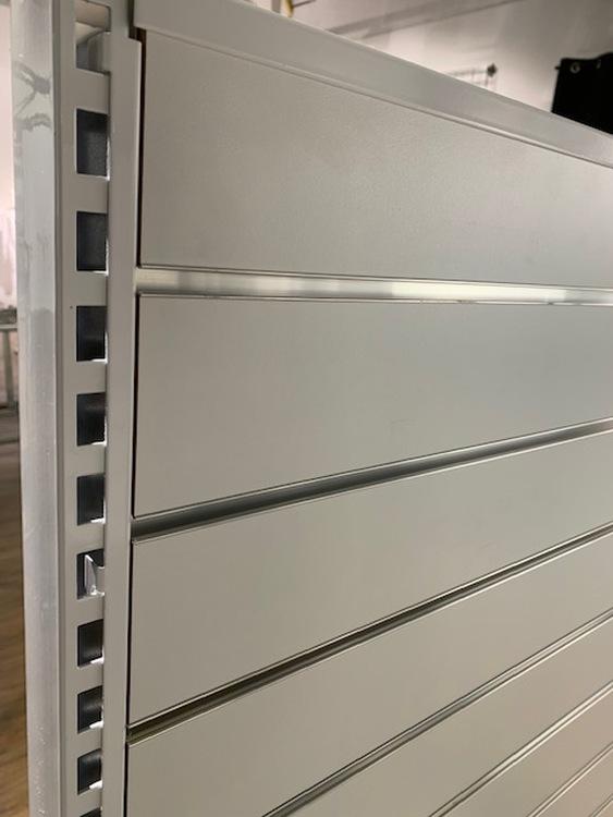 Fäste 1190 mm för panel mellan stativ