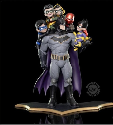 Quantum Mechanix DC Comics Batman Family Q-Master Diorama