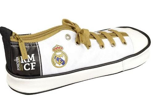 Real Madrid pennskrin i form av en sko