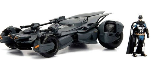 DC Comics Justice League Batmovil metal car & figure set