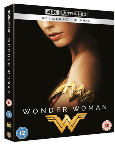 Wonder Woman - 4K Ultra HD Steelbook With (Includes 2D Blu-ray and Slipcase) import med svensk text