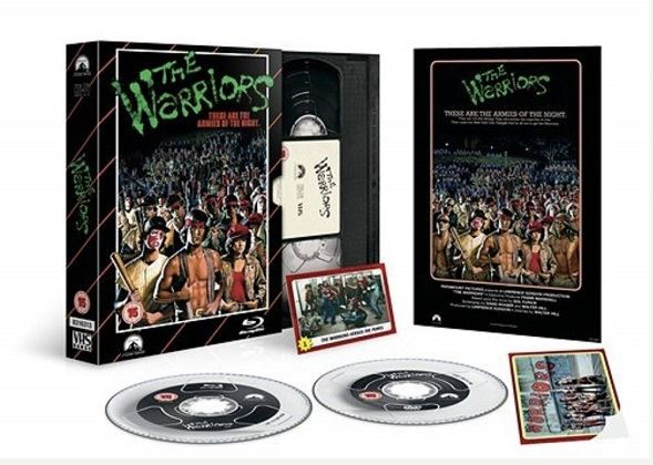The Warriors - Limited Edition VHS Collection DVD + Bluray specialutgåva (import)