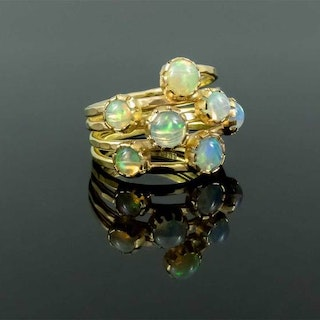 Gold ring with opals