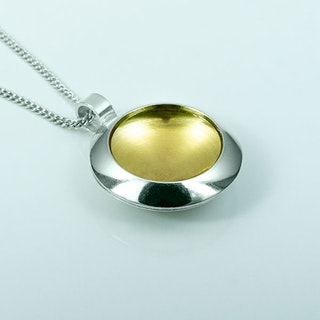Silver pendent with gold plating - 19mm ø
