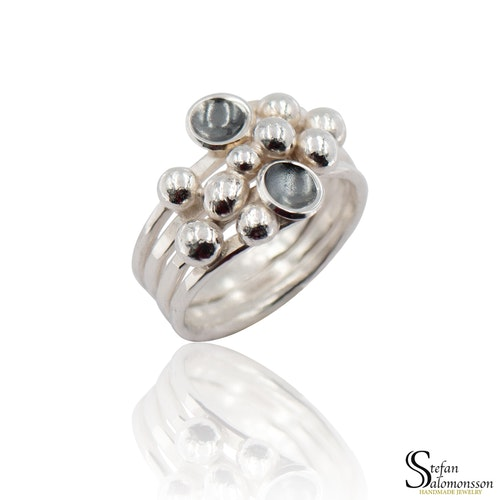 Silver ring: Oxidized