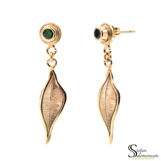 Gold leaf earrings with tsavorites