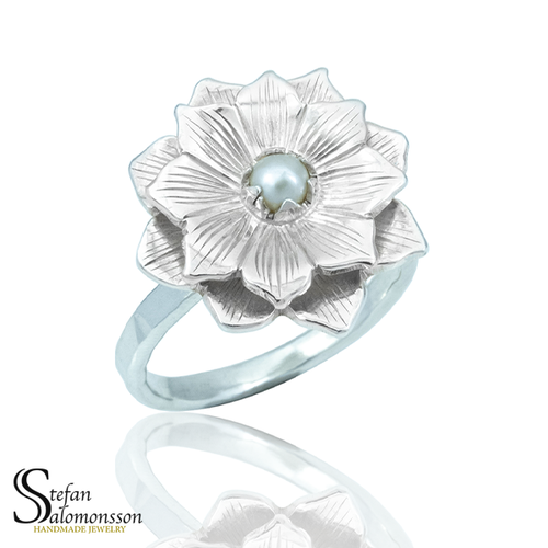 Silver lotus ring with pearl