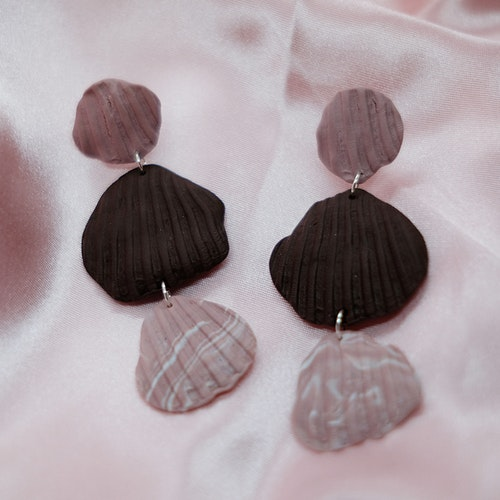 SHELL TRIO STUD • PINK/CHOCOLATE