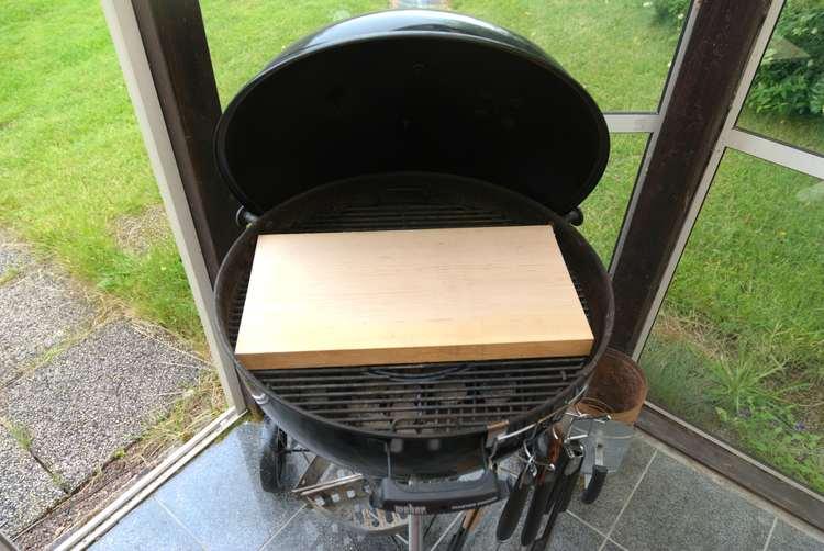 Rejäl grillplanka med raka kanter