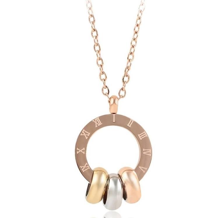 Halsband med ringar