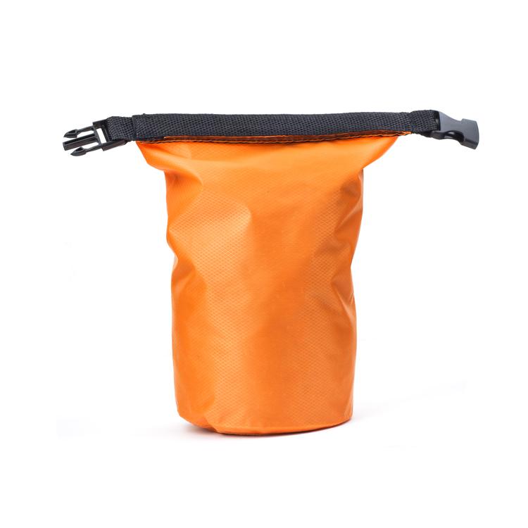 Kikkerland - Waterproof Rain Bag Green