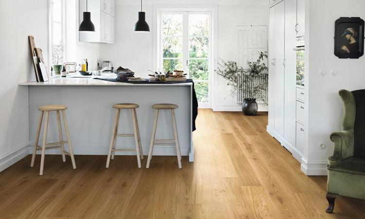 Pergo trägolv natural oak plank matt lackad