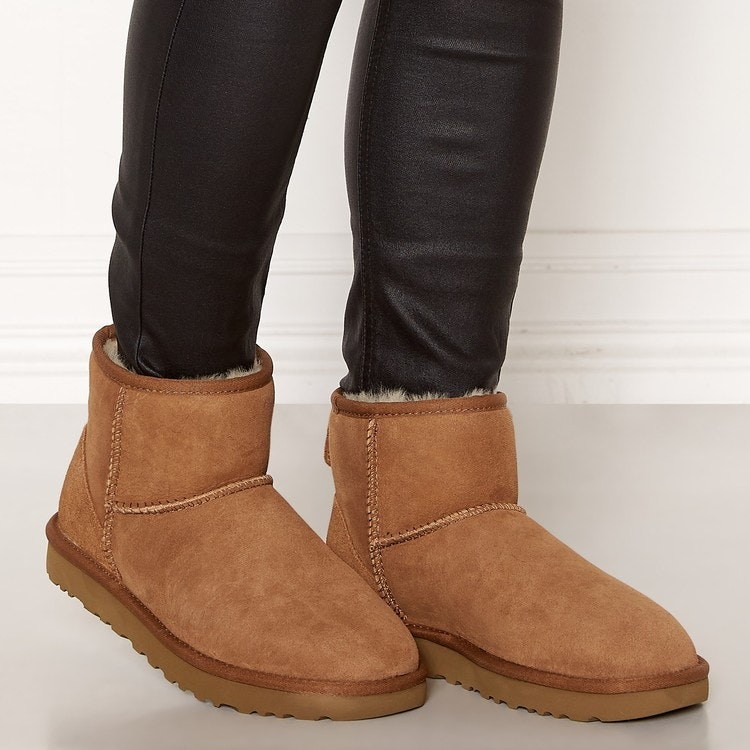 UGG - Classic Mini ll Boot - Chestnut
