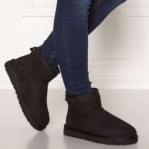 UGG - Classic Mini ll Boot - Black